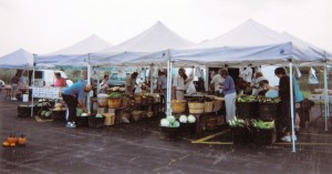 People shopping at the Wegerzyn Farmers Market in the 1990s.